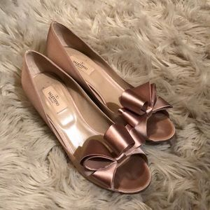 Valentino Satin heels 💯Authentic